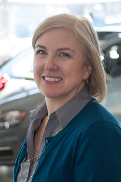 Controller Cathy Ditzler in Sales at Sharrett Auto Stores
