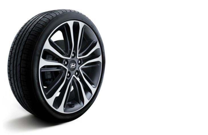 Hyundai Tires in Hicksville