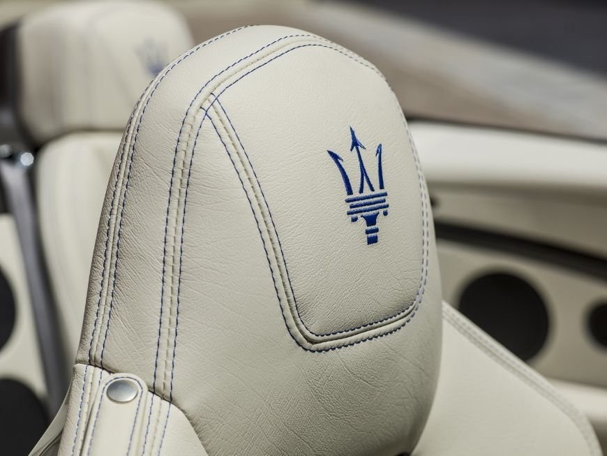 Stitched maserati logo in the head rests of this granturismo convertible