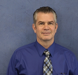 Service Manager Mike Kiely in Service at Advantage Hyundai