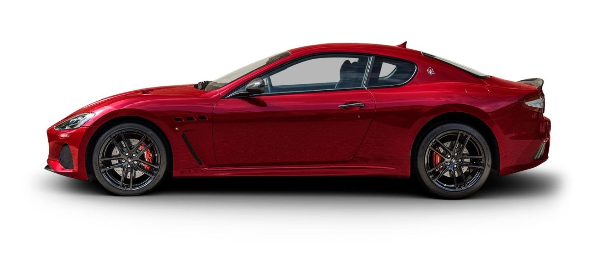 red maserati granturismo side view