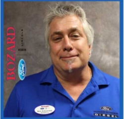 Assistant Service Manager Ken Schaffner in Service at Bozard Lincoln