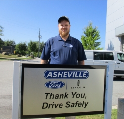 Sales Professional Charlie Peek in Sales at Asheville Ford