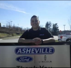 Quick Lane Advisor  Liz Garcia in Service/Parts at Asheville Ford