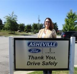 Sales Professional Melissa Bell in Sales at Asheville Ford
