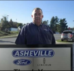 Inventory Specialist Steve Higgins in Service/Parts at Asheville Ford