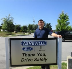 Sales Professional Thomas Bentley in Sales at Asheville Ford