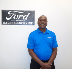 Sales Professional Floyd Putman in Sales at Anderson Ford