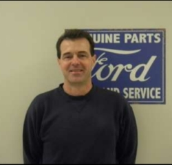 Service Tech Bill Sweeney in Service at Anderson Ford