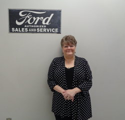 Customer Service Agent Teresa Brown in BDC at Anderson Ford