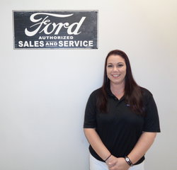 Customer Service Agent Melissa Hart in BDC at Anderson Ford