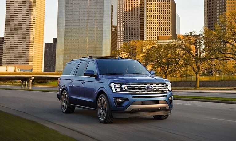 2021 Ford Expedition driving in city