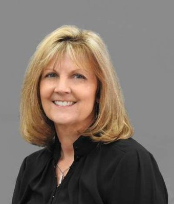 Business Development Manager Brenda Howell in Sales at Billy Howell Ford Lincoln