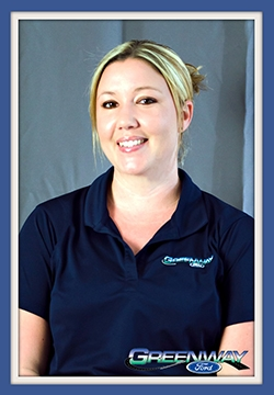 Service Advisor Geanita Saley in Service at Greenway Ford
