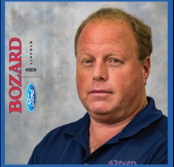 Asst. Service Manager Jeff Sparks in Service at Bozard Ford Lincoln