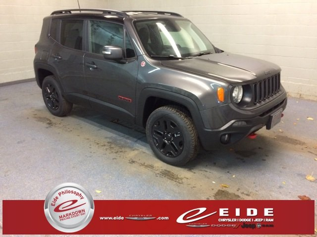Lease this 2018, Granite Crystal Metallic Clearcoat, Jeep, Renegade, Trailhawk