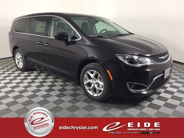 Lease this 2019, Red, Chrysler, Pacifica, Touring Plus