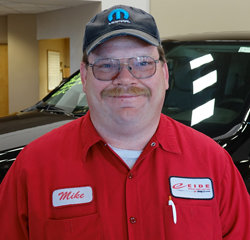 Delivery Driver Mike Frey in Parts at Eide Chrysler