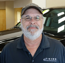 Parts Advisor Cornel Chmielewski in Parts at Eide Chrysler