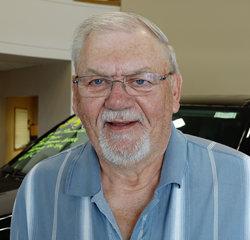 Courtesy Driver Larry Schafer in Service at Eide Chrysler