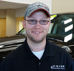 Service Advisor Gerald Goetz in Service at Eide Chrysler