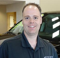Parts Advisor Jason Mildenberger in Parts at Eide Chrysler