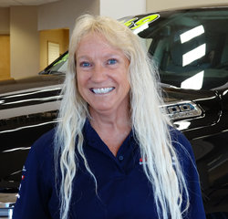 Service Advisor Karleen Ketterling in Service at Eide Chrysler