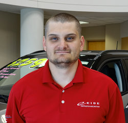 Sales Consultant Derick Martin in Sales at Eide Chrysler