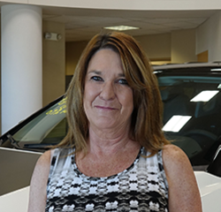 SERVICE ADVISOR Sandy McKeating in Service at Eide Chrysler