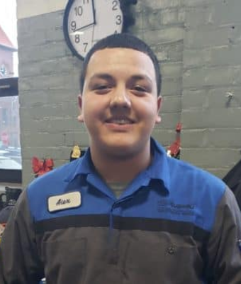 Technician Alex Oliveros in Service at Garavel Subaru