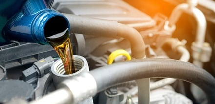 get regular oil changes at the best price in Pine City