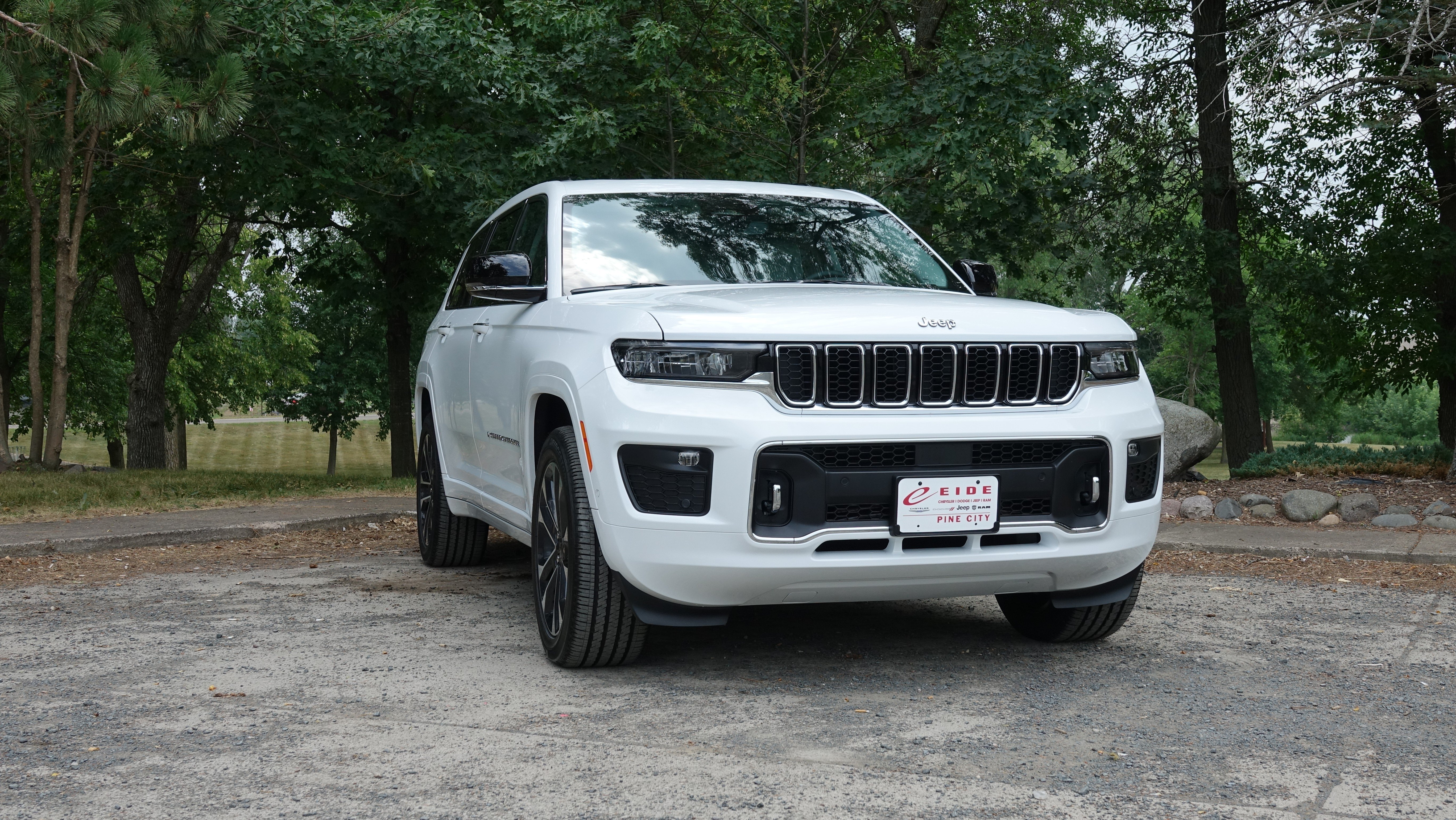 The 2021 Jeep Grand Cherokee L in Pine City