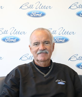 General Sales Manger Carl Anderson in Sales at Bill Utter Ford