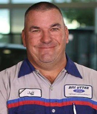 Service Technician Jeff Bolin in Service at Bill Utter Ford