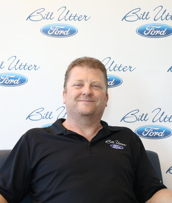 Parts Representative Jim Nelson in Parts at Bill Utter Ford