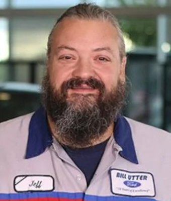 Service Technician Jeff Lang in Service at Bill Utter Ford