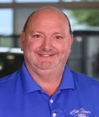 Service Drive Manager Danny Morris in Service at Bill Utter Ford