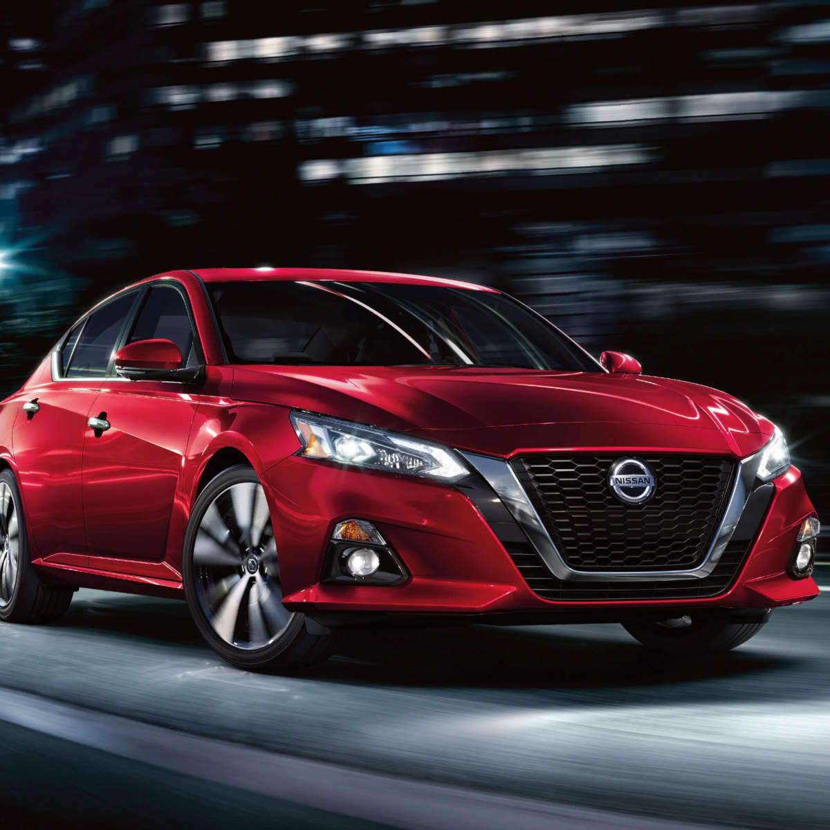 2020 Nissan Altima at Hawkinson Nissan
