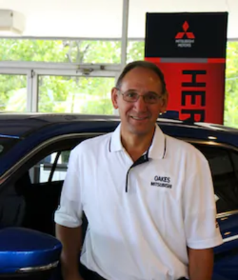 Reconditioning Manager David Wedemeier in Parts & Service at Oakes Mitsubishi