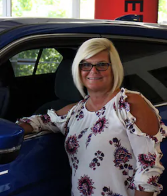 Brenda Holliman in Office & Support Team at Oakes Mitsubishi