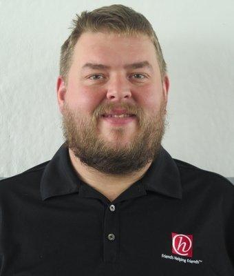Service Advisor Brian Peterson in Service at Hawkinson Nissan