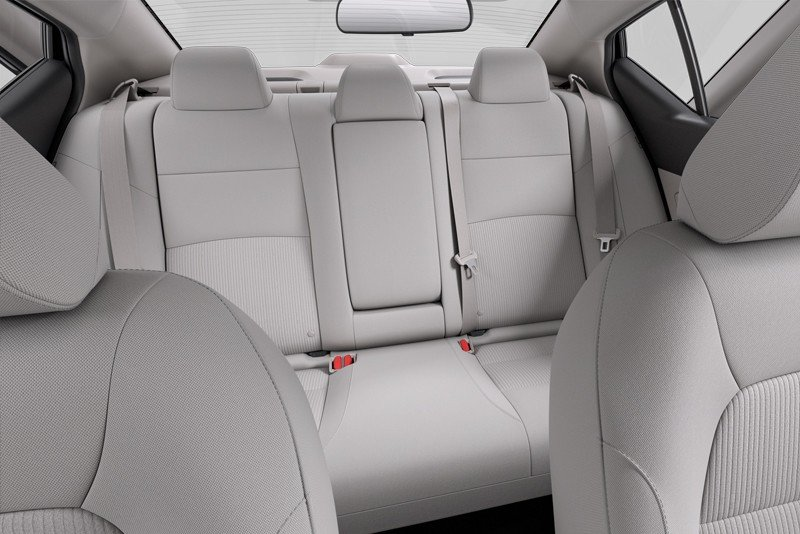 nissan altima seating