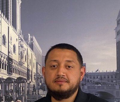 Customer Care Manuel Delvalle in Sales at North End Motors