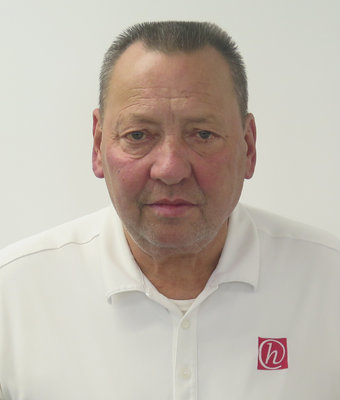 Service Advisor Bill Stechly in Service at Hawkinson Kia