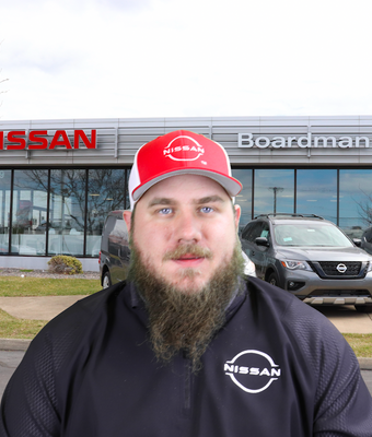 """Service Director Paul """"Fuzzy"""" McMichael in Service at Boardman Nissan"""