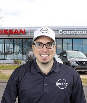 Service Advisor Bryan Gabler in Service at Boardman Nissan