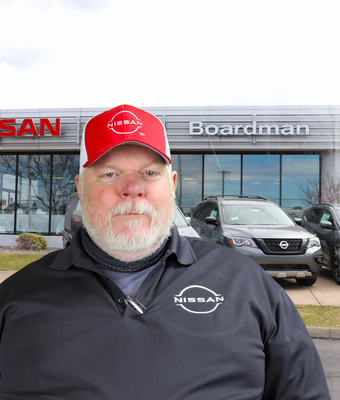 Service Advisor Rusty Stoner in Service at Boardman Nissan