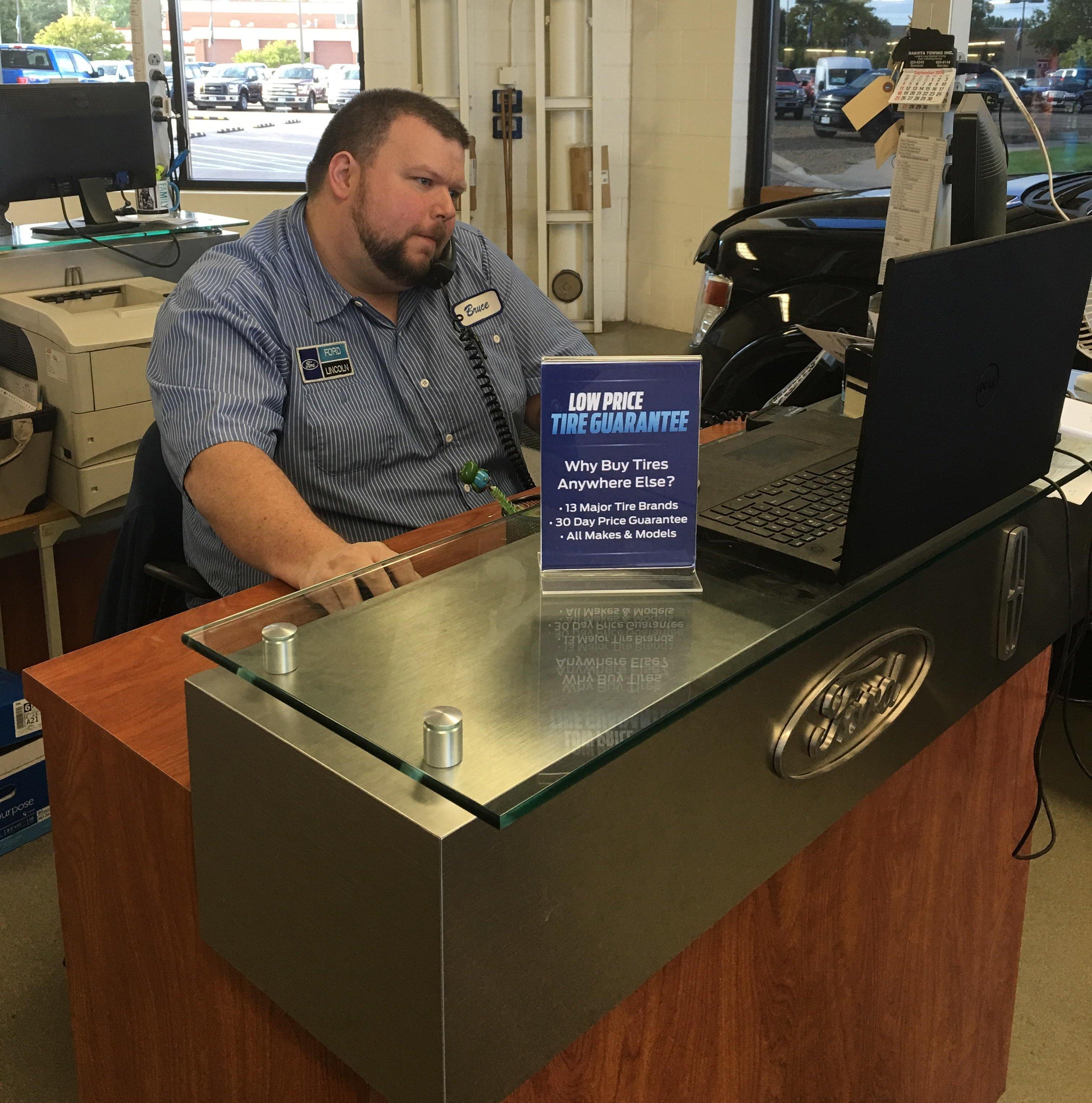 Bruce Feist, Service Advisor