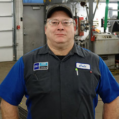 Senior Master Technician Cole Porter in Service at Eide Ford Lincoln