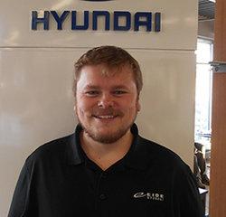 Service Advisor Justin Gierszewski in Service at Eide Hyundai